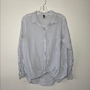 Women's white/light blue striped button-down shirt